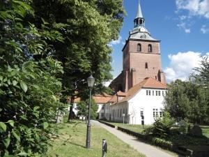 Michaelskirche en schule