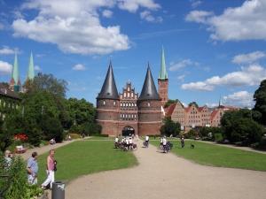 Lübeck met links de Marienkirche